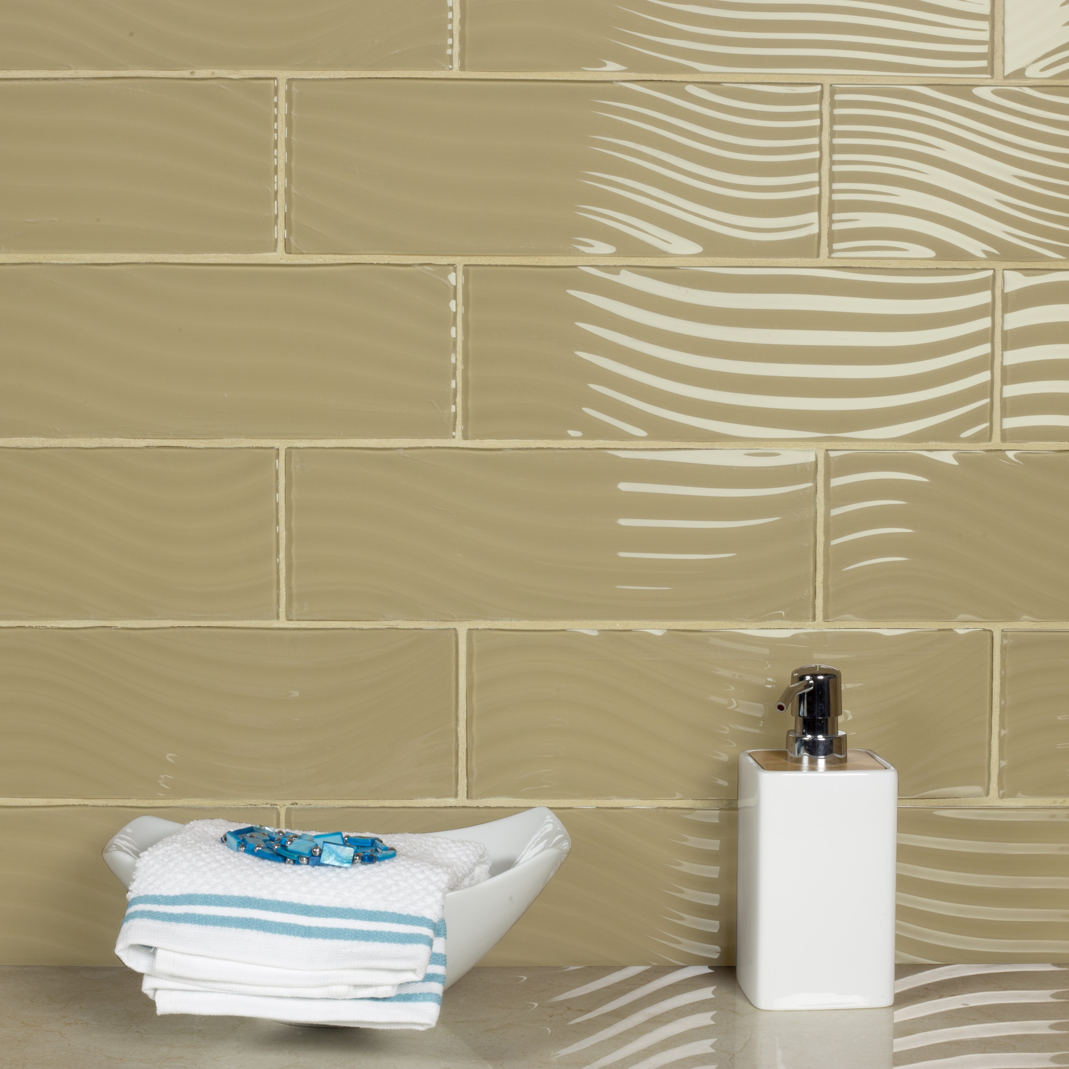 Pacific 4 In X 12 Gl Subway Tile