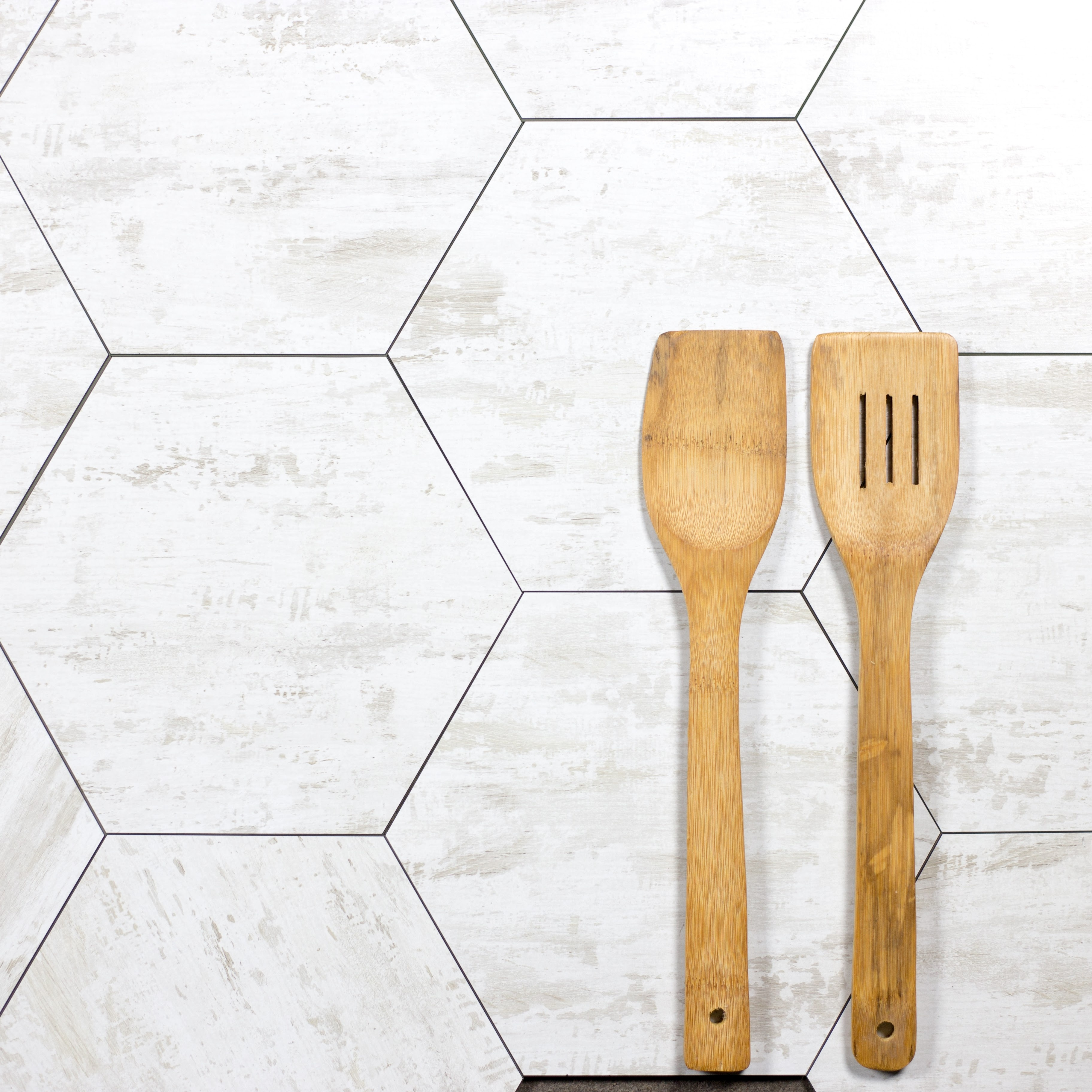 Nature HEXAGON Glass Wood Look Tile in Birchwood White